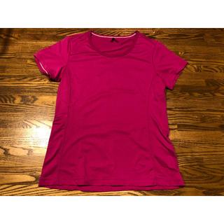 ユニクロ(UNIQLO)のユニクロTシャツ ピンク(Tシャツ(半袖/袖なし))