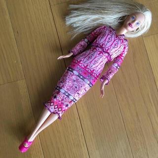 バービー(Barbie)のBarbie バービー  ドレッドブロンドロング 人形 着替え付き(ぬいぐるみ/人形)