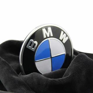 ビーエムダブリュー(BMW)のBMWエンブレム 82mm グロメット2個付き フロント&リア用 社外品(車内アクセサリ)
