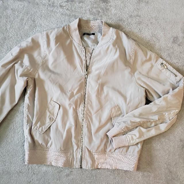 one*way(ワンウェイ)の美品薄手ブルゾン春アウターに☆oneway明るめグレージュ レディースのジャケット/アウター(ブルゾン)の商品写真