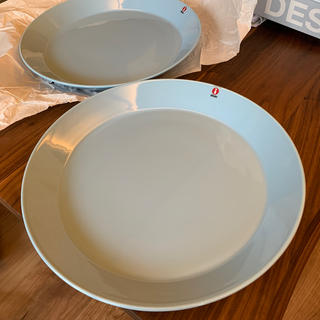 イッタラ(iittala)のイッタラ ティーマ・ライトブルー26cm 2枚新品(食器)