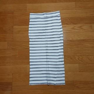 ベルシュカ(Bershka)のスカート(ひざ丈スカート)