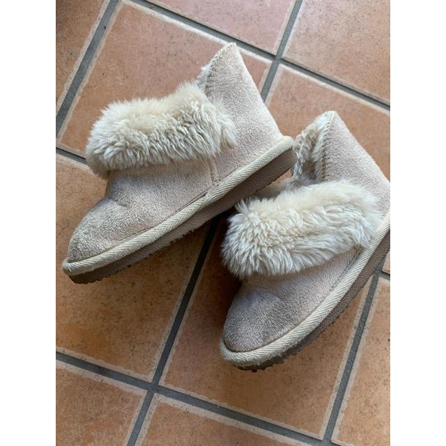 petit main(プティマイン)のプティマインファーブーツ キッズ/ベビー/マタニティのキッズ靴/シューズ(15cm~)(ブーツ)の商品写真