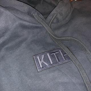 Supreme - 新品 Kith キス 黒 プルオーバーパーカー 刺繍 ボックスロゴ ブラック