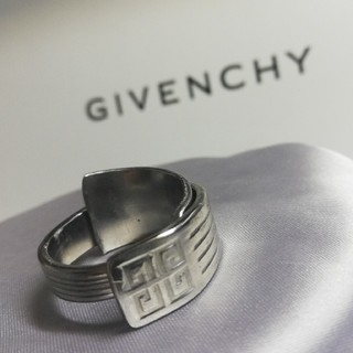 GIVENCHY リング 23号