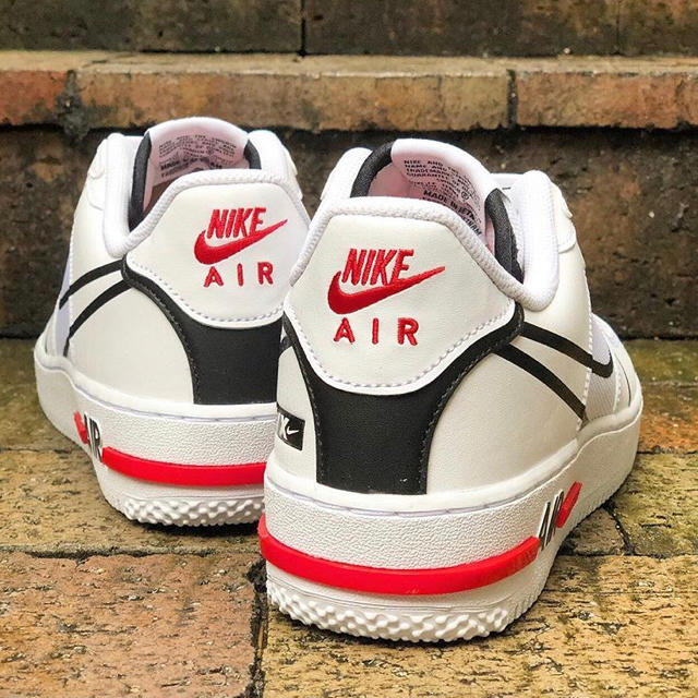 NIKE(ナイキ)のNike Air Force react ナイキ エアフォース リアクト メンズの靴/シューズ(スニーカー)の商品写真