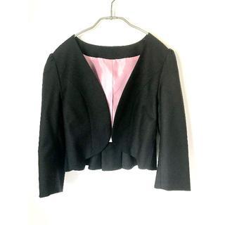 アールユー(RU)の☆ Queen Claret ブラック黒 フォーマルフリルノーカラージャケット☆(ノーカラージャケット)