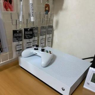マイクロソフト(Microsoft)のx  box  one s 1TB  all digital edition(家庭用ゲーム機本体)