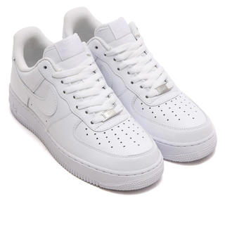 NIKE - AIR FORCE1 07