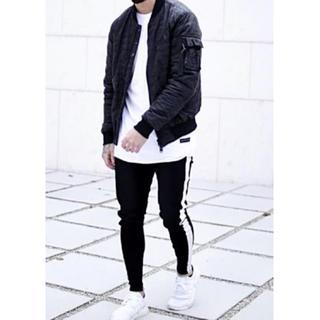 ★数量限定★秋冬 トラックパンツ 韓国ファッション ラインパンツ 黒 XL(チノパン)