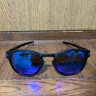 オークリー(Oakley)のオークリー ラッチ 偏光 美品(サングラス/メガネ)