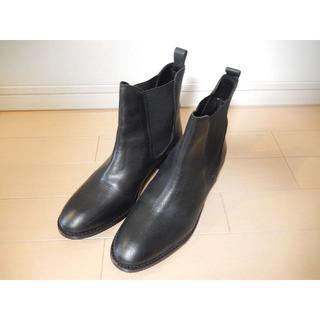 エイソス(asos)のasos サイドゴム ショートブーツ 黒 本革24センチ週末SALE!(ブーツ)