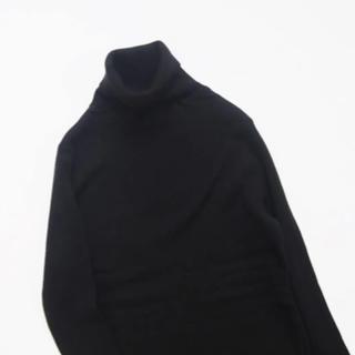 ネストローブ(nest Robe)のオローネ ベーシックタートルニット(ブラック)(ニット/セーター)