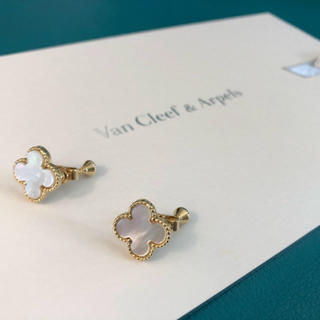 Van Cleef & Arpels - 新品♡クローバーシェル イヤリング