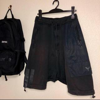 ワイスリー(Y-3)のY-3 ハーフパンツ ブラック (ショートパンツ)
