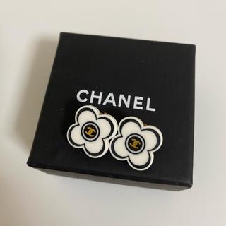 CHANEL - シャネル ココマークのお花が可愛い フラワーイヤリング