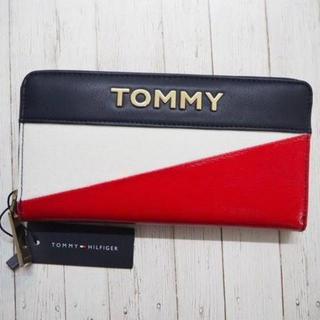 トミーヒルフィガー(TOMMY HILFIGER)のTOMMY HILFIGERトミーヒルフィガー 長財布 ゴールドロゴ(財布)