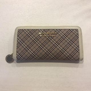 BURBERRY BLUE LABEL - 長財布
