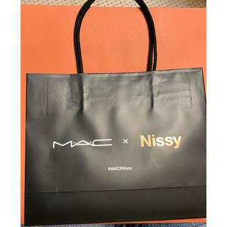 マック(MAC)のMAC Nissy コラボ 紙袋 ショッパー(ショップ袋)