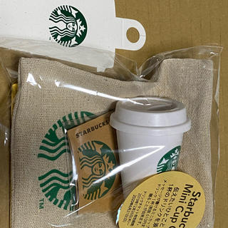スターバックスコーヒー(Starbucks Coffee)の新品 スターバックスミニカップギフト ドリンクチケット付スタバSTARBUCKS(フード/ドリンク券)
