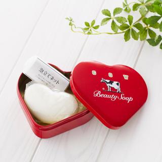 牛乳石鹸 - 牛乳石鹸 ハート缶