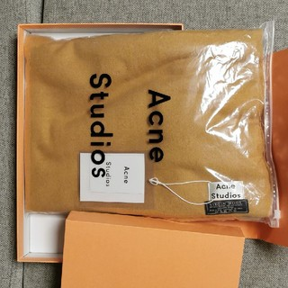 アクネ(ACNE)の新品Acne Studios 大判ストール キャラメルブラウン(ストール/パシュミナ)