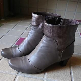 マドラス(madras)のマドラスダークブラウンショートブーツ(ブーツ)
