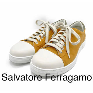 サルヴァトーレフェラガモ(Salvatore Ferragamo)のSalvatoreFerragamoサルヴァトーレフェラガモ スニーカーベージュ(スニーカー)