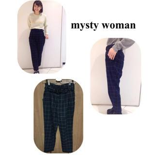 ミスティウーマン(mysty woman)の《お値下げ》ベルト付きパンツ(カジュアルパンツ)