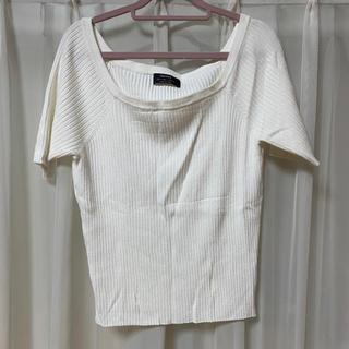 ベルシュカ(Bershka)のトップス オフショル ホワイト(Tシャツ(半袖/袖なし))