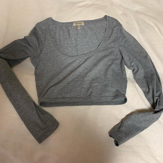ベルシュカ(Bershka)のカットソー ショート丈 トップス Tシャツ(Tシャツ(半袖/袖なし))