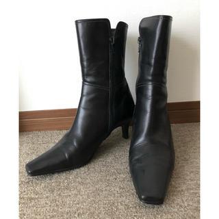 ニジュウサンク(23区)の23区 ハーフブーツ 24cm ブラック(ブーツ)
