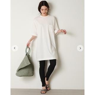 ミラオーウェン(Mila Owen)のロング丈Tシャツ(Tシャツ(半袖/袖なし))