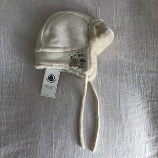 PETIT BATEAU - PETIT BATEAU モコモコ花刺繍帽子