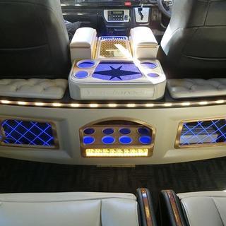ハイエース200系 セカンドボード(車内アクセサリ)