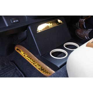 ハイエース200系 イコライザーボックス(車内アクセサリ)