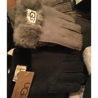 アグ(UGG)の黒のみ5000専用(手袋)
