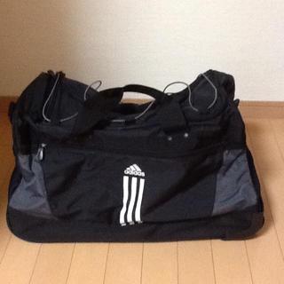 アディダス(adidas)のikkoさま専用♡アディダス☆バッグ 大(旅行用品)