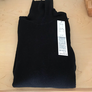 ルーニィ(LOUNIE)のルーニィ  スパンシルク混タートルネック Iラインスカート(ニット/セーター)
