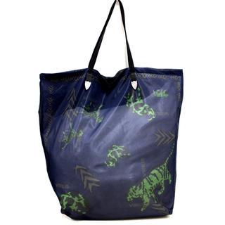 トーガ(TOGA)のTOGA VIRILIS 19ss print mesh bag ネイビー 美品(トートバッグ)