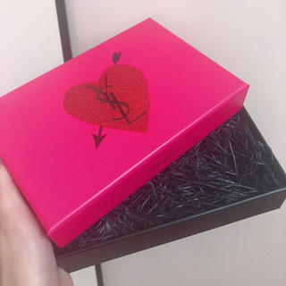 イヴサンローランボーテ(Yves Saint Laurent Beaute)のイヴ サン ローラン ギフト ボックス ハート(その他)