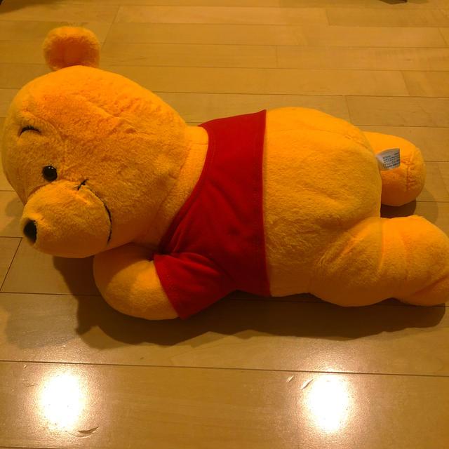 くまのプーさん(クマノプーサン)のプーさんのぬいぐるみ エンタメ/ホビーのおもちゃ/ぬいぐるみ(ぬいぐるみ)の商品写真