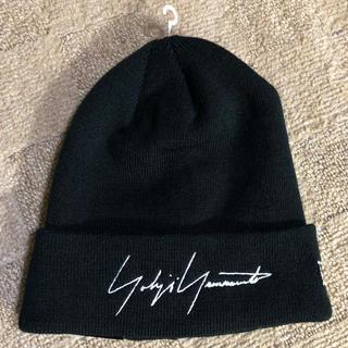 ヨウジヤマモト(Yohji Yamamoto)のヨウジヤマモト ニューエラ ニット帽 ブラック(ニット帽/ビーニー)