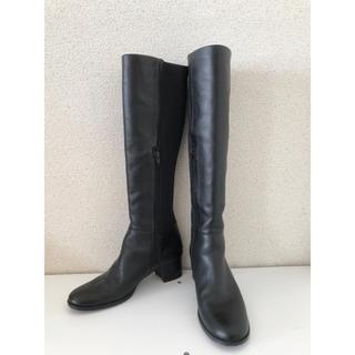 ニジュウサンク(23区)の23区 ロングブーツ ブラック 本革 異素材組合せ(ブーツ)