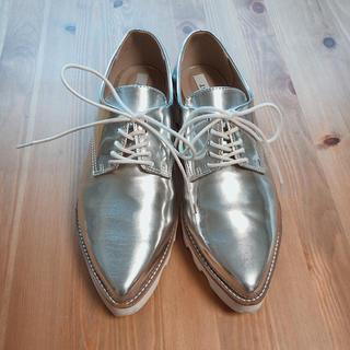 アグノスト(AGNOST)のAGNOST femme エナメルレースアップシューズ(ローファー/革靴)