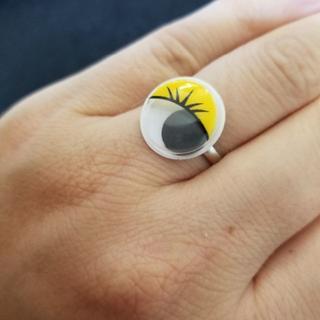 目玉が動く指輪イエロー043(リング(指輪))