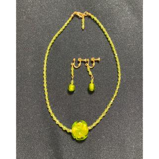 キワセイサクジョ(貴和製作所)のベネチアングラス 四つ葉のクローバーネックレス 金オーロ グリーン(ネックレス)