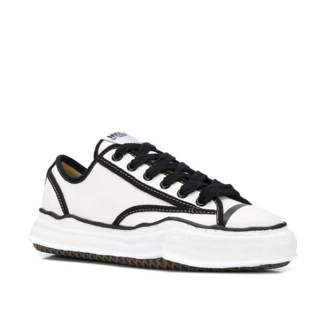 MIHARAYASUHIRO(ミハラヤスヒロ)のMaison MIHARA YASUHIRO  メンズの靴/シューズ(スニーカー)の商品写真