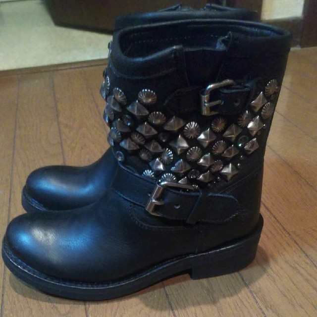 ASH(アッシュ)のASH アッシュ エンジニアブーツ スタッズ ブーツ 黒 36 レディースの靴/シューズ(ブーツ)の商品写真