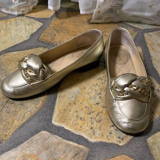 シャネル(CHANEL)のシャネル CHANEL ゴールド デザインローファー 35 1/2 (ローファー/革靴)